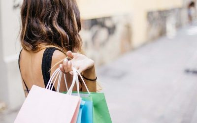 Comment faire faire du shopping sans trop dépenser ?